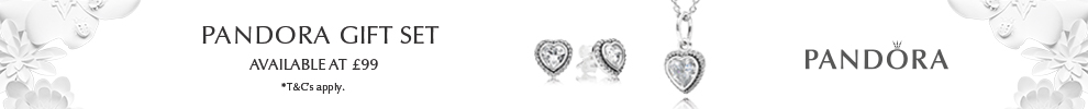 Pandora Sparkling Heart Jewellery Set