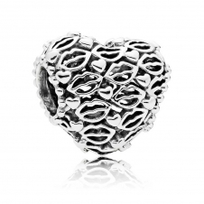 Love and Kisses Charm 796564