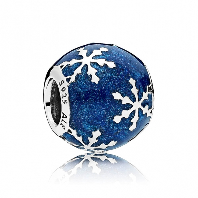 PANDORA Wintry Delight Charm 796357EN63